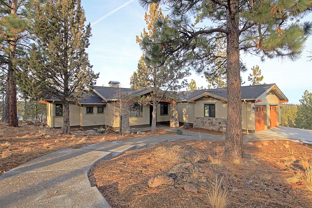 Northwest Bend Craftsman Home and Landscape
